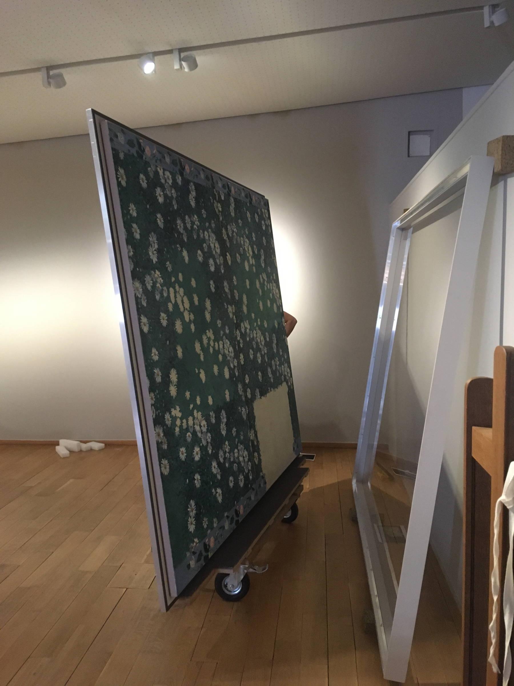 Parterre de marguerites de Gustave Caillebotte et son caisson climatique